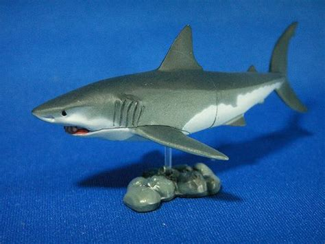 red viagra shark little ternのがらくた箱 チョコq11 ホホジロザメ livedoor blog ブログ