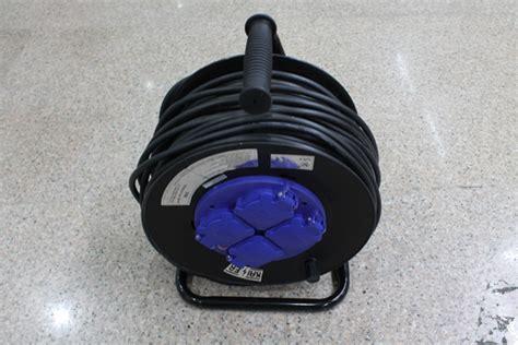Kabel Setrika Yang Bagus jual kabel roll merk kaiser 50 meter 4 stop kontak s d
