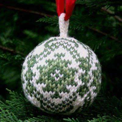 knit christmas ball ornament pattern holiday ness