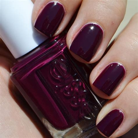 essie colors essie s 2015 fall color quot in the lobby quot is a warm cinnamon