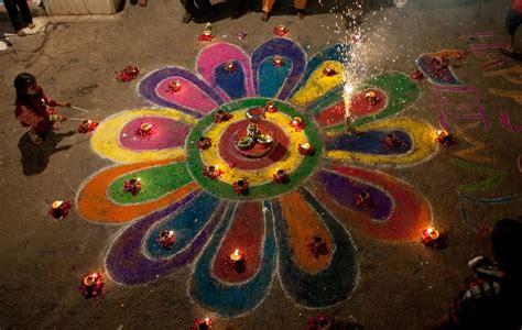 Diwali Home Decoration Lights Diwali 2014 Beautiful Rangoli Designs For This Festival