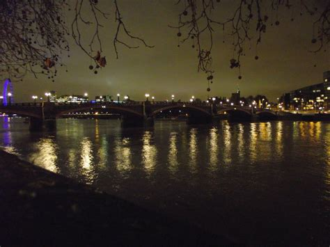 thames river night thames river at night by rob54613 on deviantart