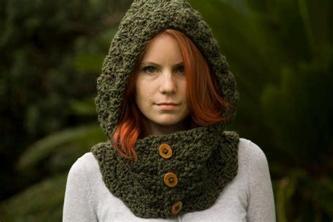 Free Crochet Bear Scoodie Pattern