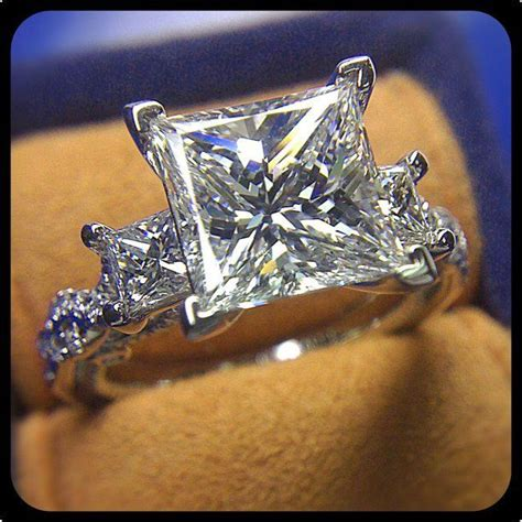 Viewer Mt 093 this jaw dropping insignia 7074p is bejeweled with a