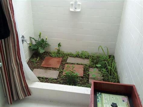 Design Store Moss Opens In La by Garden In The Shower A Moss Bathmat