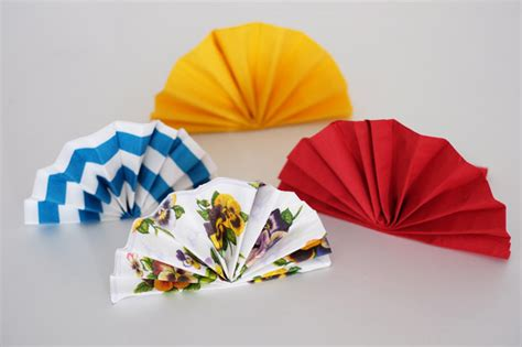 Paper Fan Origami - how to make origami fan jewelpie