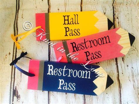 bathroom pass ideas best 25 pass ideas on pass meaning high
