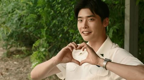 download film lee jong suk hot young bloods the random review hot young bloods kmovie
