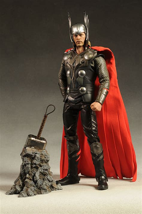 film action thor review and photos of thor movie version sixth scale figure