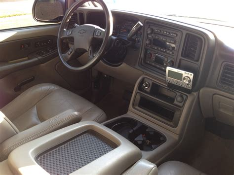 2003 Chevy Tahoe Interior by 2003 Chevrolet Tahoe Pictures Cargurus