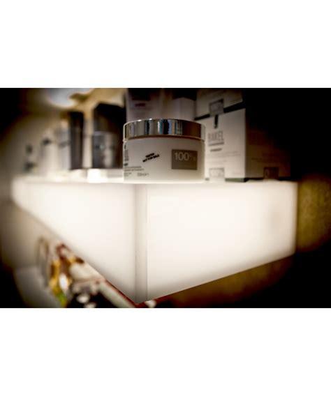 mensole luminose mensola luminosa in plexiglass per negozi