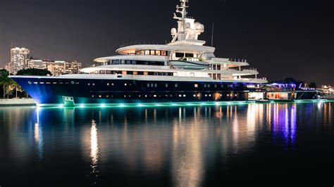 yacht luna russian billionaire losing his 500 million 114 metre