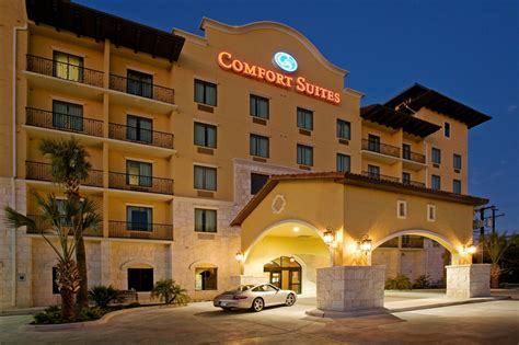 hotels in comfort texas comfort suites alamo riverwalk
