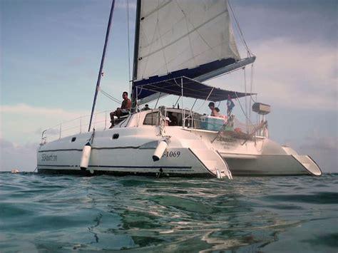 catamaran charter in belize sailing in belize belize sailing vacations and catamaran