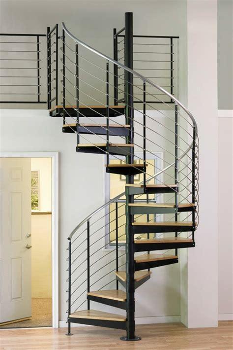 designer kerzenständer metall ausgefallene treppengel 228 nder designs f 252 r die innentreppe