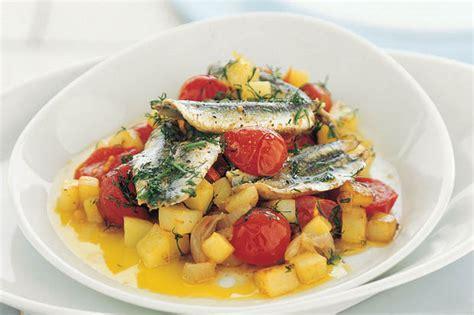 cucinare il pesce azzurro pesce azzurro 20 ricette ricche di omega 3 ricetta e cucina