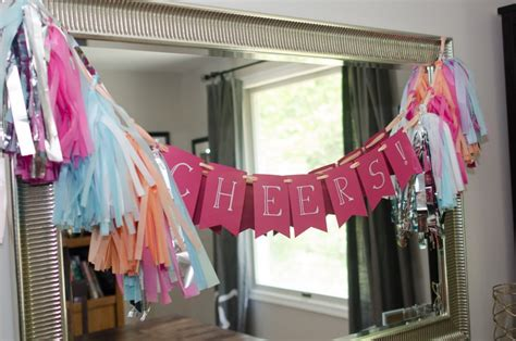 How To Make Paper Tassel Garland - diy tutorial how to make a diy tissue paper tassel