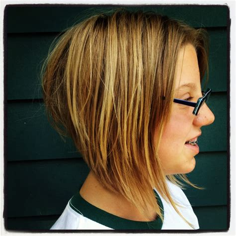 hairstyles short on an angle towards face and back short hairstyles angled bob fade haircut