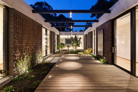 indoor courtyard courtyard house indoor courtyard modern exterior