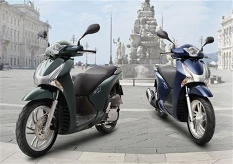 honda vietnam requested  recall  scooters news vietnamnet