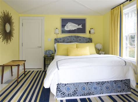 Yellow Walls In Bedroom by How You Can Use Yellow To Give Your Bedroom A Cheery Vibe
