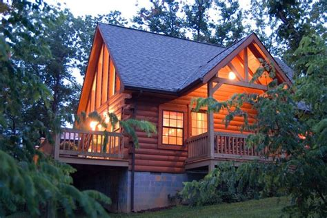 Cabins Nashville Tn by Lil Cabin Cozy Log Home With Vrbo