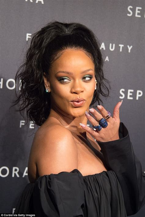rihanna showcases her d 233 colletage at fenty paris launch