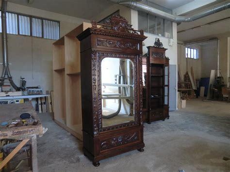armadi antichi prezzi armadi antichi restaurati in legno noce novecento