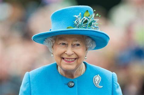 queen elizabeth celebrate queen elizabeth ii s 91st birthday with photos