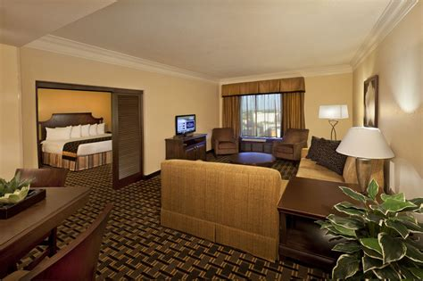 2 Bedroom Hotel Suites International Drive Orlando by Plaza On International Drive Orlando Usa Expedia