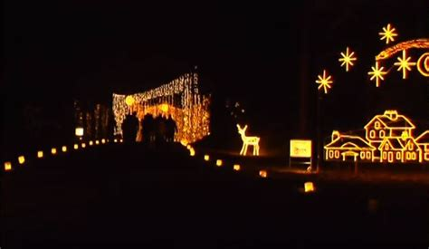 Huntsville Botanical Gardens Galaxy Of Lights Huntsville S Galaxy Of Lights Is Staying Open For One Day This Year Whnt