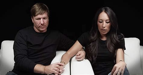 Chip And Joanna Gaines Facebook | fixer upper stars chip and joanna gaines share moving