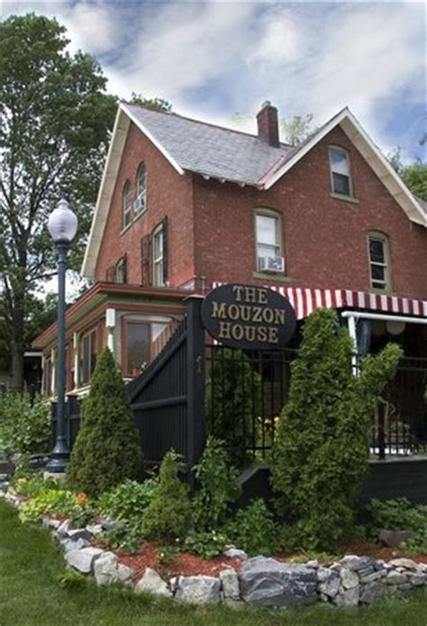 mouzon house mouzon house daves jerk catfish picture of the mouzon house saratoga springs