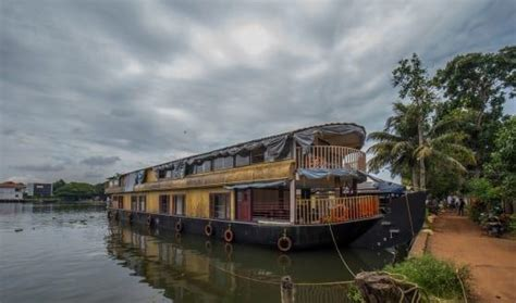 which is a good boat house in alleppey quora - Boat House Quora