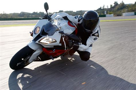 bmw s1000rr 2014 review 2014 bmw s1000rr review