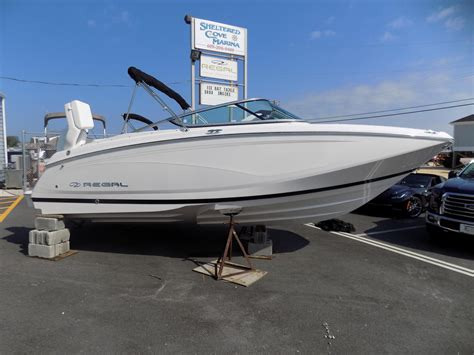 new regal boats uk 2018 regal 22 fasdeck power new and used boats for sale