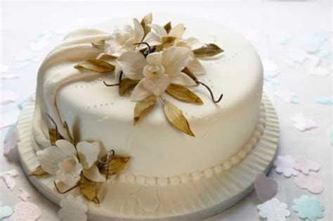Small Wedding Cakes Pictures by Small Wedding Cakes They Re So