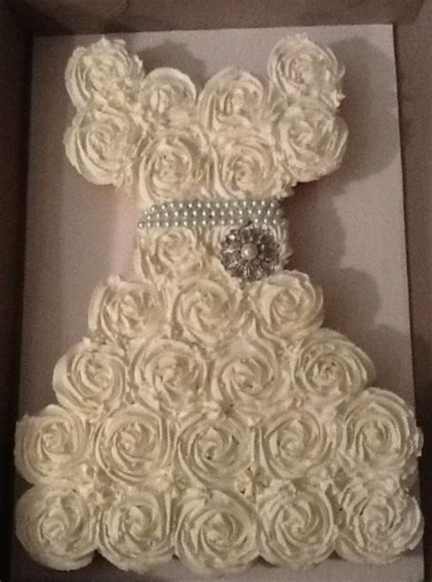 bridal shower cupcakes in shape of wedding dress cupcakes shaped into a wedding gown for a bridal shower this is gorgeous wedding ideas