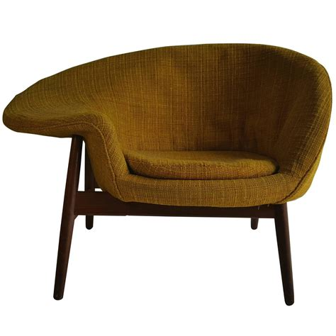 fried couch quot fried egg quot chair by hans olsen denmark for sale at 1stdibs