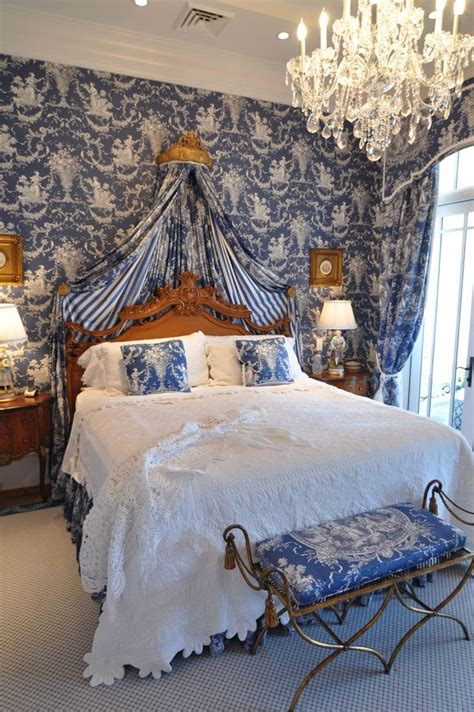 warm white bedroom blue toile bedroom again adding warm wood tones to blue