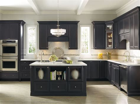 White Or Black Kitchen Cabinets Kitchen Kitchen Backsplash Ideas Black Granite Countertops White Cabinets Popular In Spaces