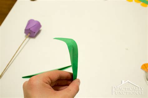 How To Make Paper Leaves For Flowers - how to make paper flowers 3d paper tulips