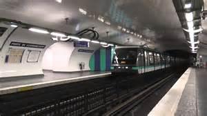 mp89 arriv 233 e 224 la station porte de clignancourt sur la