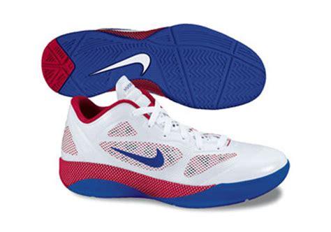 Sepatu Nike Hyperfose Low 01 nike hyperfuse low 2011 preview sneakernews