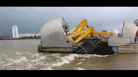 thames barrier environmental impact quot astronomical quot tide leads to thames barrier closure the