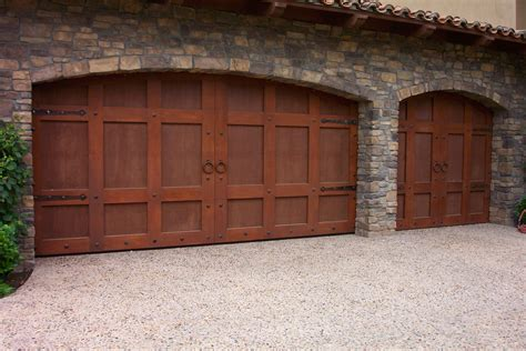 Garage Doors by Wood Stained Garage Doors By Carriage House Ads Custom