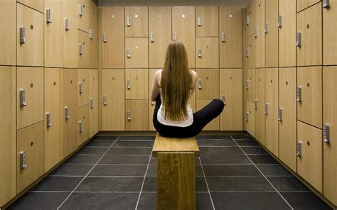 in locker room oh school dist sues feds transgender locker rooms