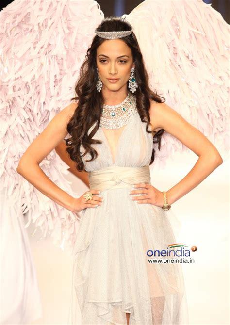 Independent Fashion Designer Angela Johnson by Angela Johnson White Dress Gehna Jewellers