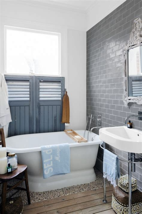 Bathroom Accents Ideas by Fabulous Contrast Bathroom Accent Ideas Bathroom