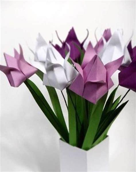 fiori con origami piegare un origami fiore di tulipano fiori di carta